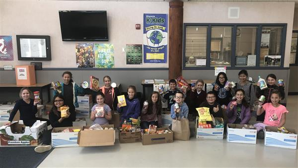 Elementary K Kids just completed their holiday food drive. Fantastic job, they collected 1231 cans of food for our local food bank.<hr><br>