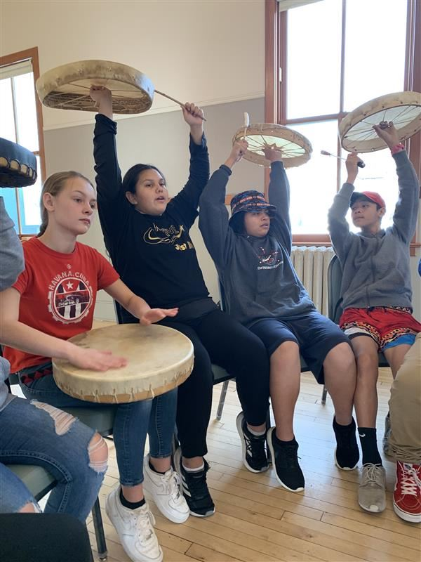 Fifteen MS students recently attended the Native Voices Arts Academy with other Tribal affiliated Schools around Washington. Contact Heidi Darling, Migrant Support Advocate if you would like to attend the academy in March, 2020.(more)<hr><br>